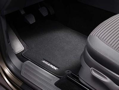 Textilfußmatten vorne, Fahrer- und Beifahrerbereich, Linkslenker